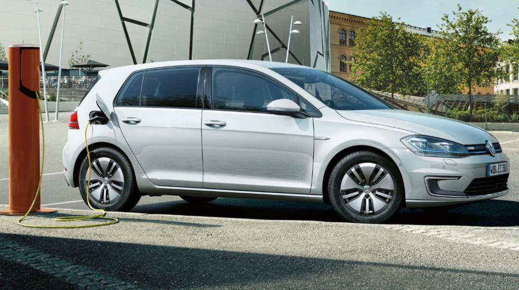 Volkswagen Electric Car Golf 2017