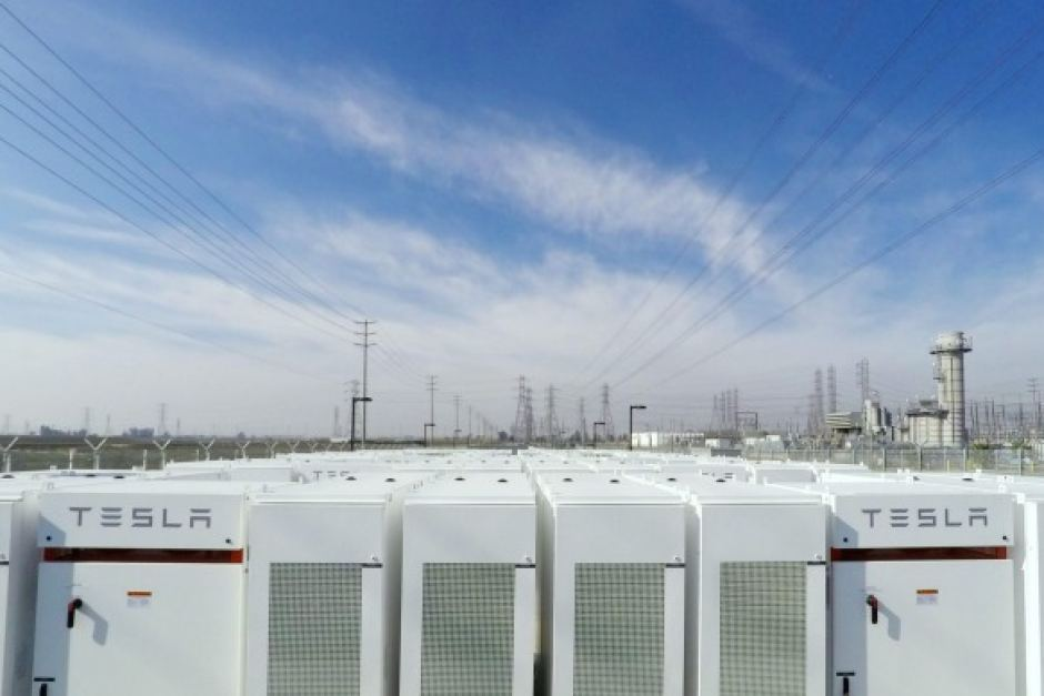 Tesla Battery In South Australia Archives Saving With Solar