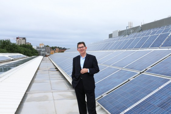 UNSW Solar - UNSW President Ian Jacobs (source: newsroom.unsw.edu.au)