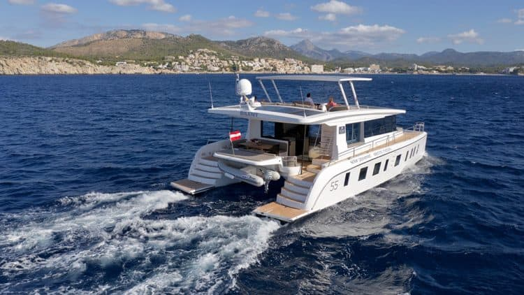 Silent 55 the Solar Powered Catamaran (source: RobbReport.com via Silent-Yachts)